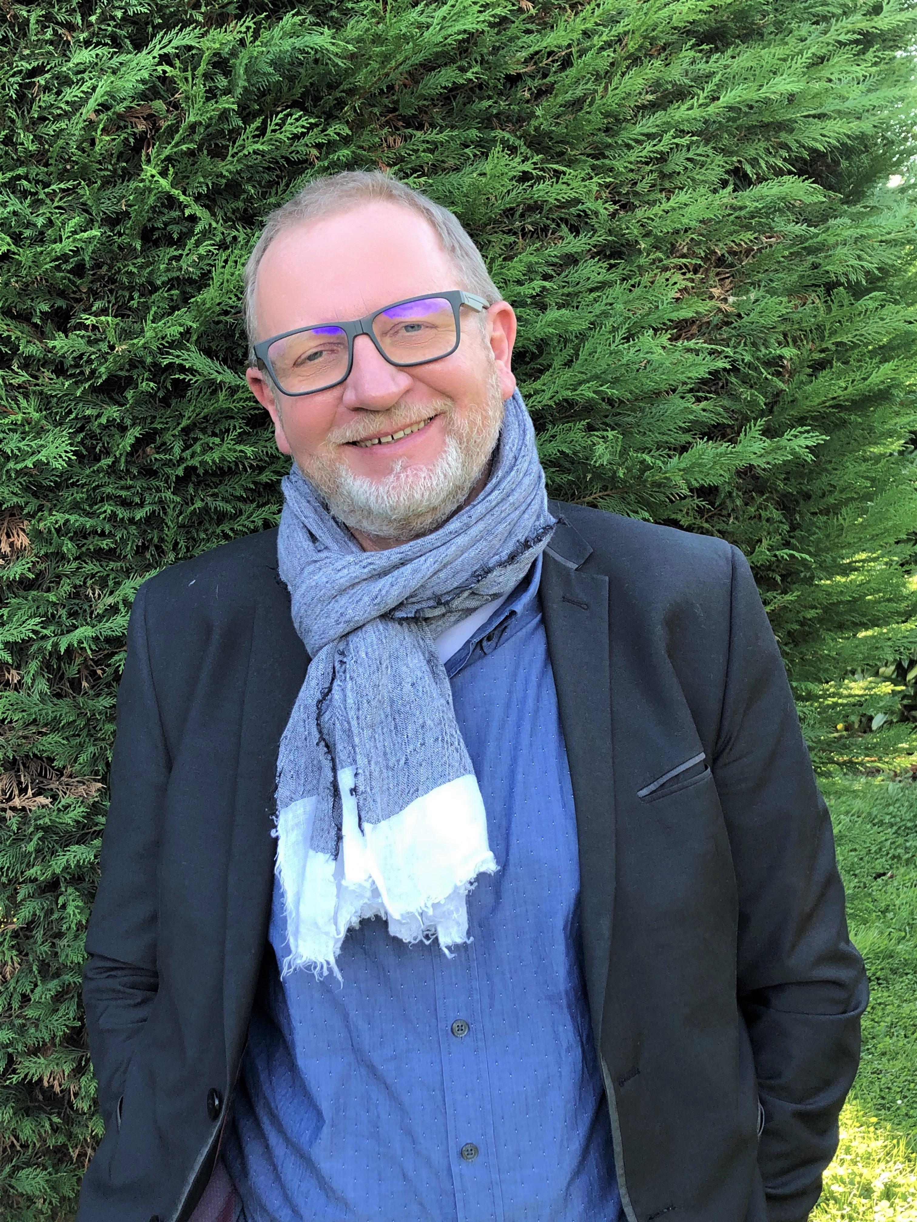 Olivier LEBALLAIS Commercial OMB Informatique & Bureautique